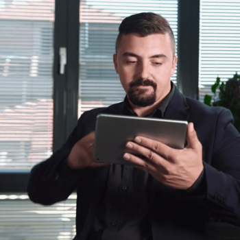 Видеозаснемане и изработка на видео реклама за правен софтуер - LegalHoldMan 12