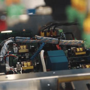 Изработка на корпоративно видео за UltraFlex Power Technologies 18