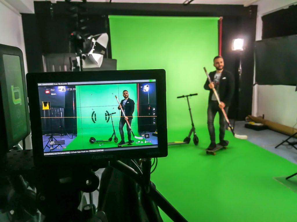 Павел Владимиров в снимачно студио Studio246