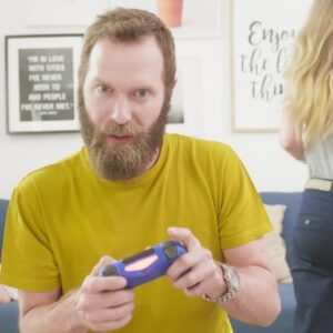 Изработка на телевизионна реклама за Mobisector.com - онлайн магазин за техника 5